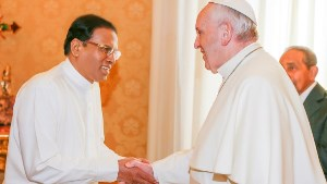 14dec2015 president meets pope