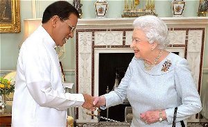 president meets queen at buckinghampalace